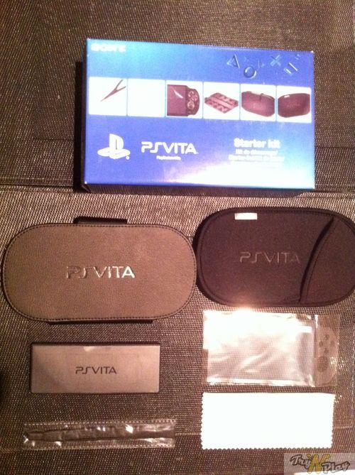 TNP TNP ACCPSVITA 28 02 2012 05 DEBALLAGE   La Playstation Vita est arrivée !