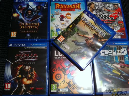 TNP TNP ACCPSVITA 28 02 2012 07 DEBALLAGE   La Playstation Vita est arrive !