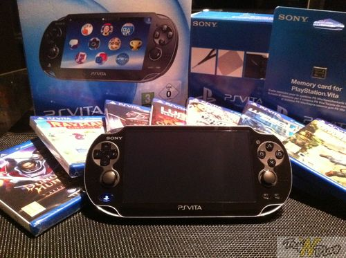 TNP TNP ACCPSVITA 28 02 2012 09 DEBALLAGE   La Playstation Vita est arrive !