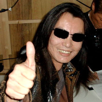 TNP Itagaki Thumbs Up MNT PAROLES DE GAMER   Dead or Alive 5 avec Neithan