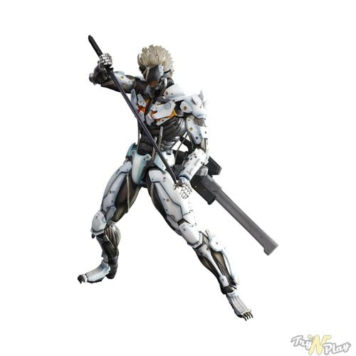 TNP MGR Limited Edition White Raiden Action Figure 04 ACTU JEU   Metal Gear Rising Revengeance: Deux Steelbooks sinon rien