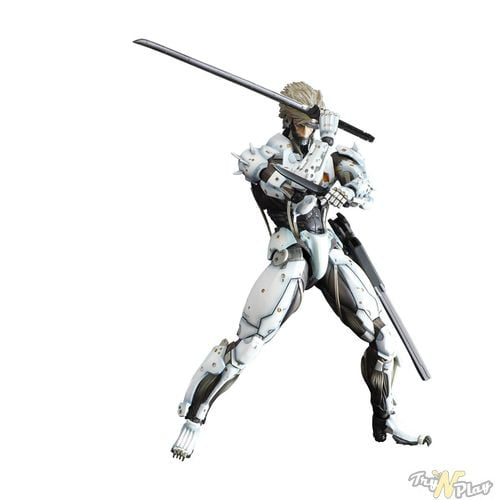 TNP MGR Limited Edition White Raiden Action Figure 05 ACTU JEU   Metal Gear Rising Revengeance: Deux Steelbooks sinon rien